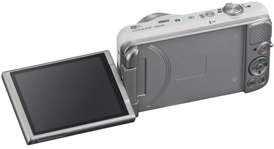 Лучший фотоаппарат с поворотным дисплеем это тропическое
